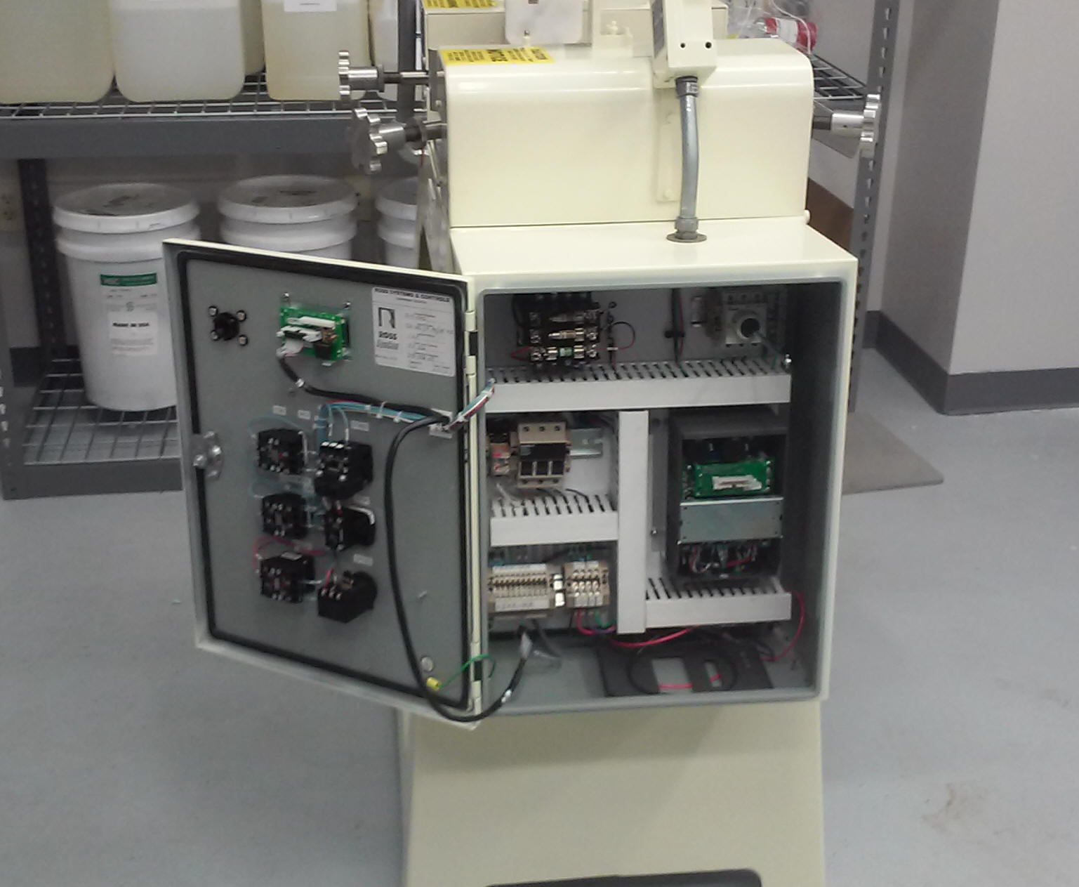 Custom Electrical Equipment Design And Fabrications For Any Purpose Breaker Box With A Federal Pacific Circuit Panel Stablok Specic Control Panels Buss Duct Power Switch Gear Steel Copper Aluminum Disconnect Safety Cabinets Welding