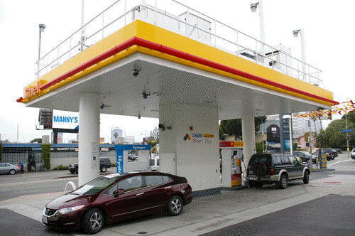 Fuel Station Services Auto Damage Repairs Bucket Truck